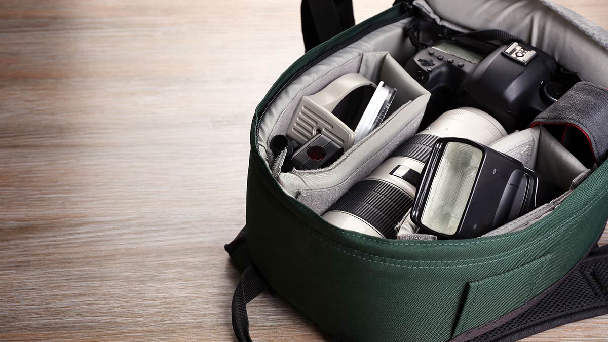 Camera Bags Market Size, Share   Global Industry Report, 2024