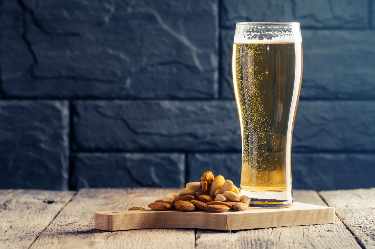 Light Beer Market Segmentation by Top Players - Heineken, Carlsberg, Behnoush Iran, Asahi Breweries, Suntory Beer and so on