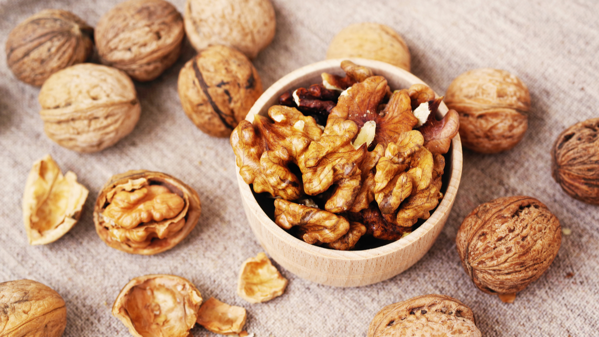 Walnut Kernels Market By Regional Insight, Types, Applications and Forecast by 2024