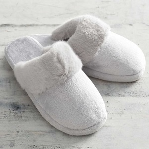 Slippers Market Is Thriving Worldwide with Roxy, Muk Luks, Nike, Adidas, Crocs, Nordstrom