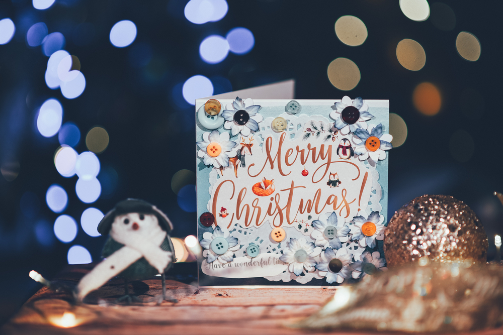 Last Day To Mail Christmas Cards 2021 4 Christmas Card Design Styles Themes That Always Deliver