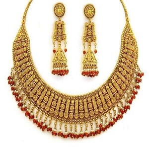 Imitation Jewelry Market Is Booming Worldwide   Buckley Jewellery, Forever 21, Gianni Versace, Kering, Lulu Avenue, LVMH